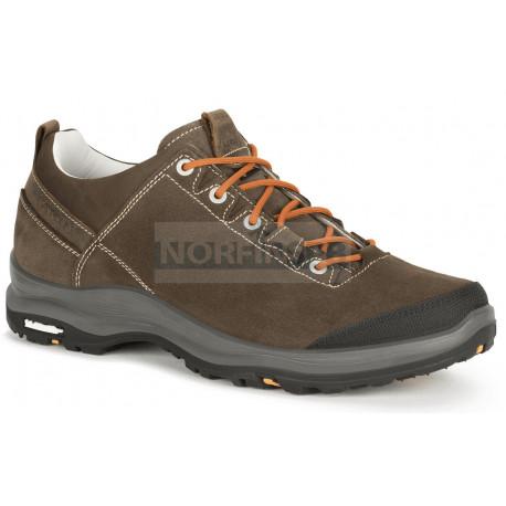 Ботинки треккинговые AKU La Val II Low GTX цв. Brown